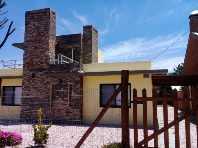 Casa en Alquiler en Portales, Piriapolis